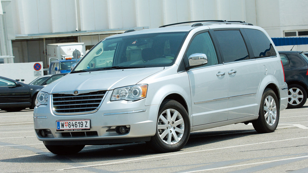 Chrysler Grand Voyager Archiv